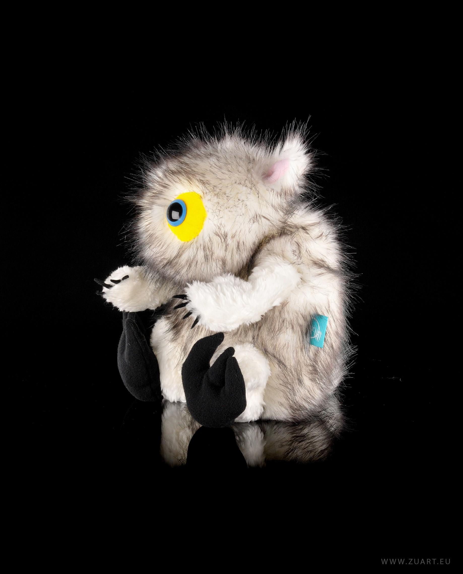 zuart_handmade_toys_zabawka_biedactwo_sniezne_3