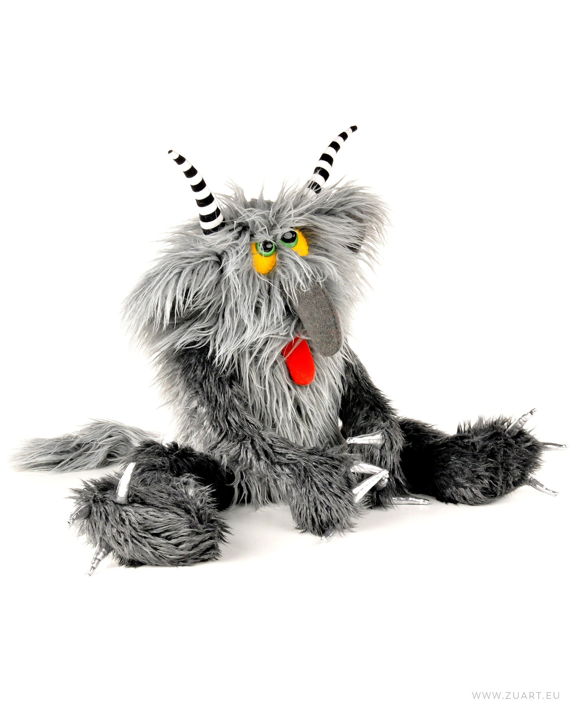 zuart_handmade_toys_zabawka_pepe_potwor_1